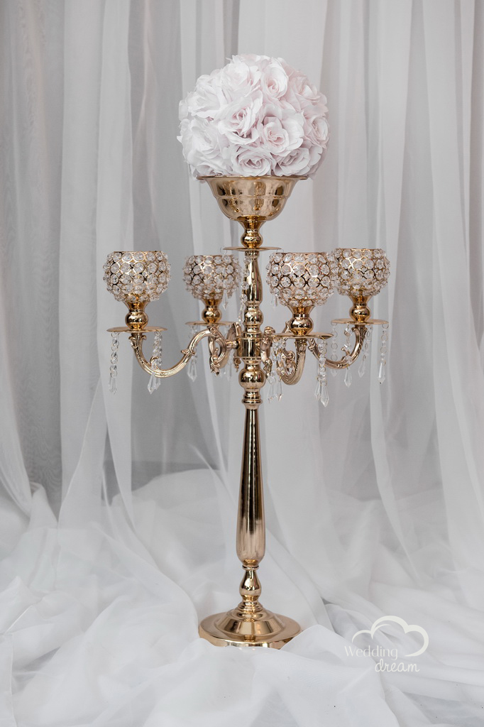 Small Gold Candelabra with 4 Arms with Diamond Balls and Flower Holder