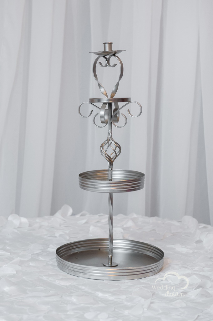 3-Tiered Fruit or Cupcake Stand in Silver