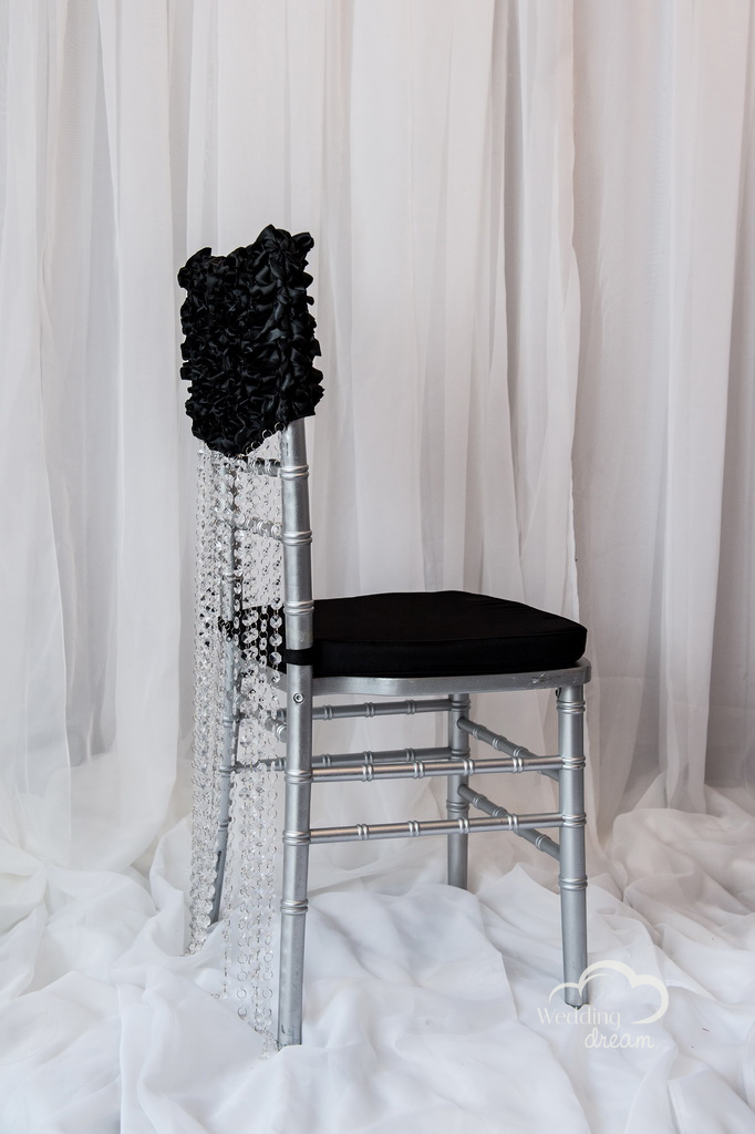 Black Chiavari Chair Cap with Acrylic Diamond Strand