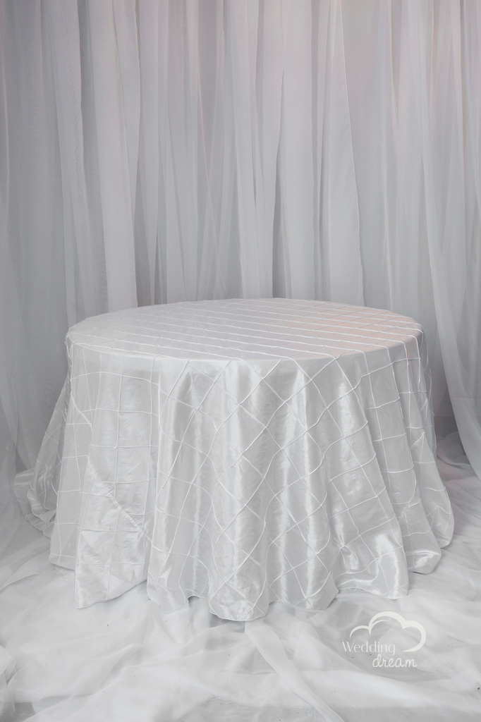 White Pintuck Table Cloths