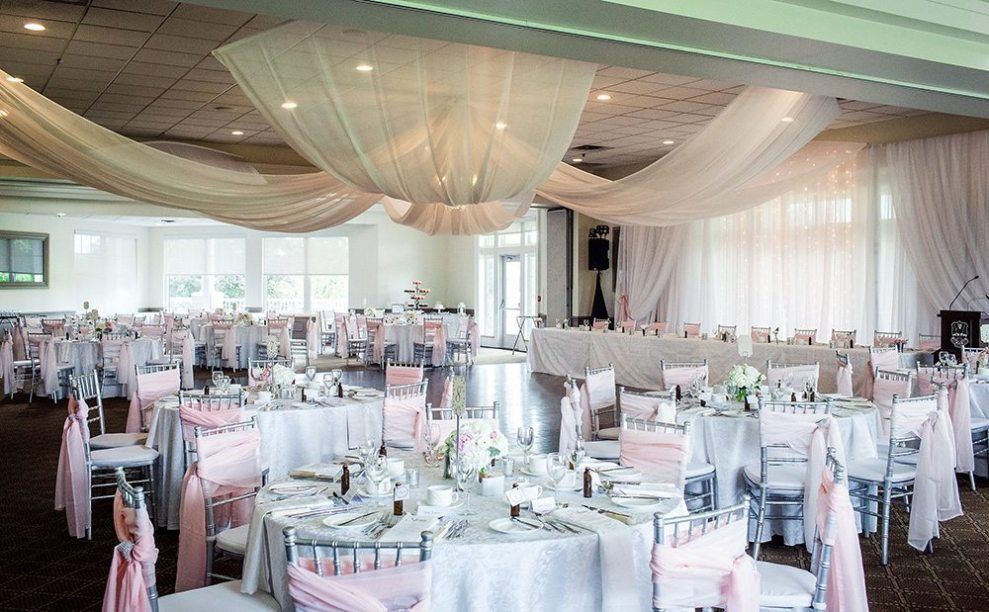 galt country club wedding decor LovesproutsPhotography