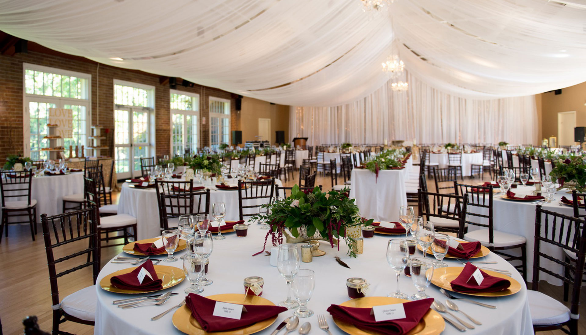 Wedding dream wedding decorations and rentals rent high quality decor for your wedding day junglespirit Choice Image